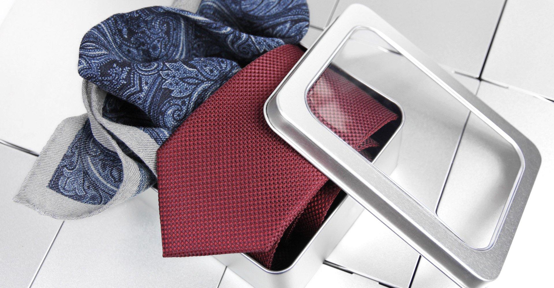 Poszetka i krawat - zestaw