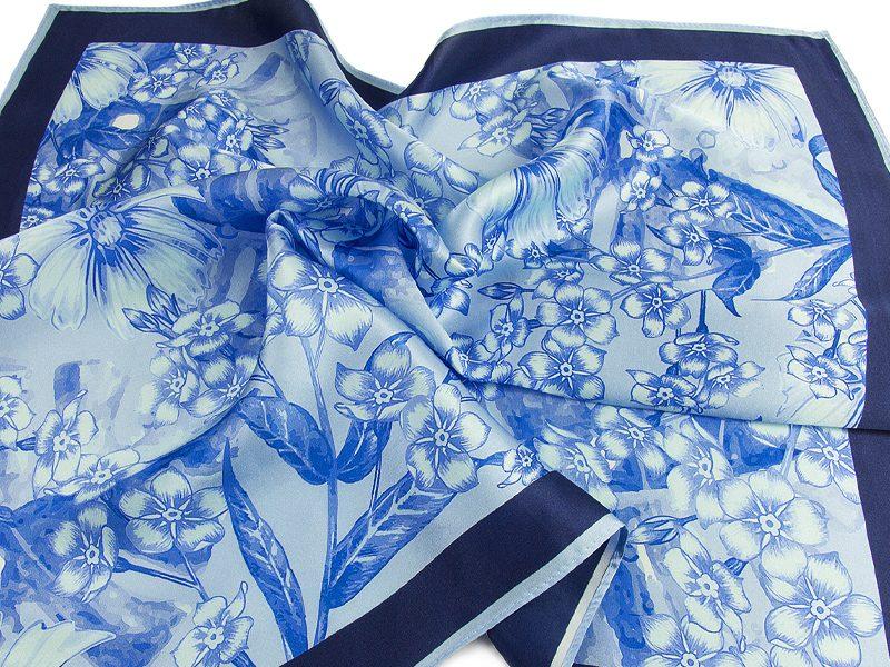 Apaszka jedwabna Flower Blue