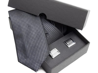 Zestaw upominkowy: Krawat jedwabny Venzo + spinki do mankietów zapakowane w eleganckie opakowanie kartonowe 463