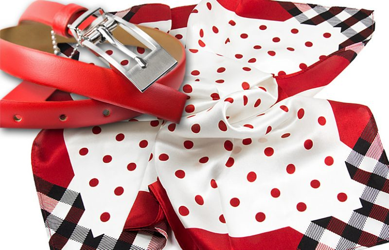 zestaw upominkowy dla żony - apaszka dots-top-red + pasek