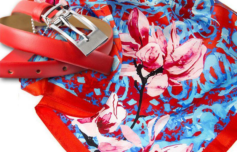 zestaw upominkowy dla żony - apaszka magnolia-red + czerwony pasek