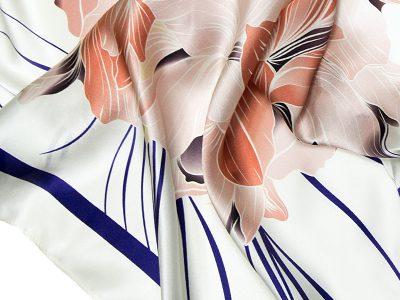 apaszka jedwabna na prezent FLOWER-ROUND-4-
